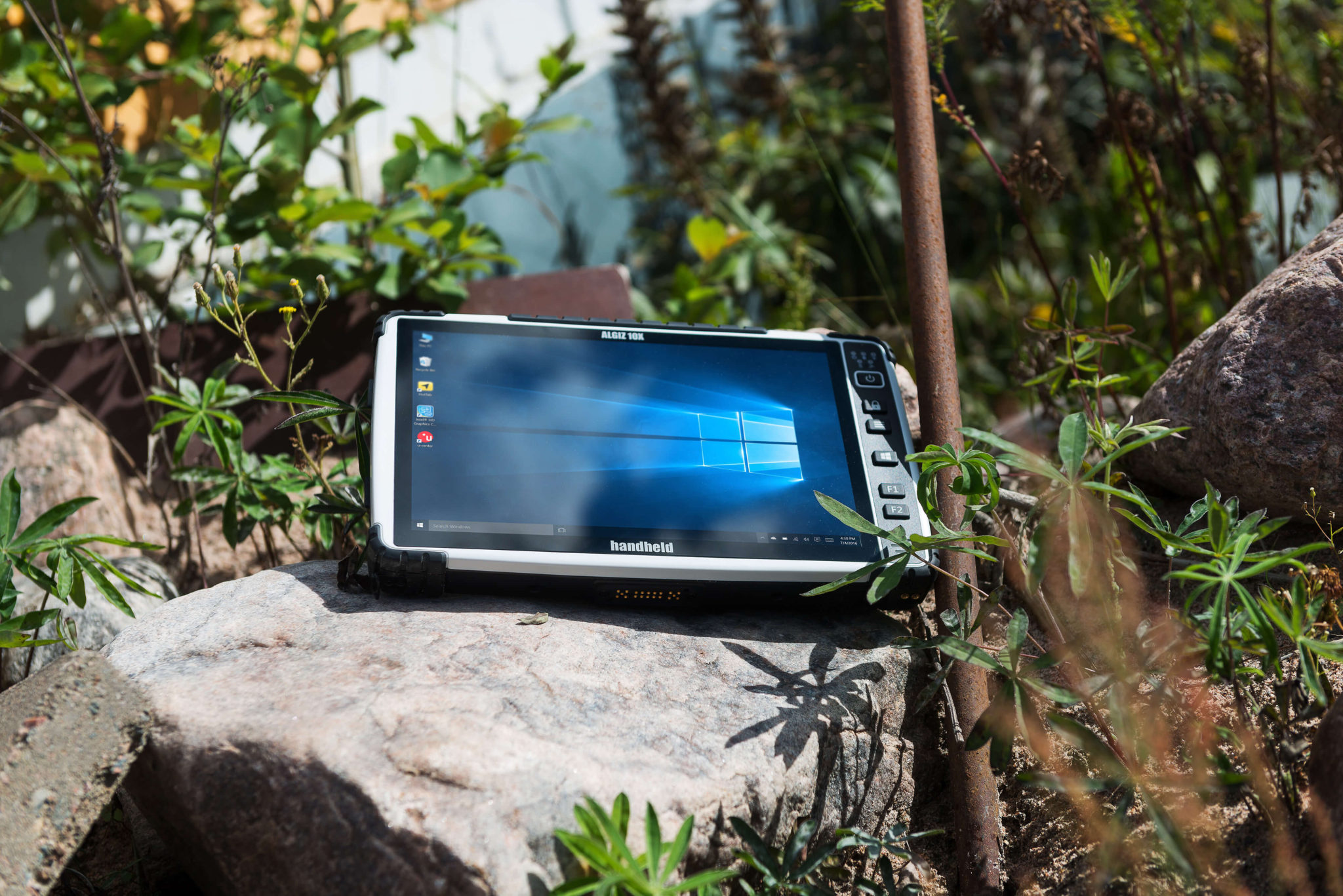 algiz-10x-capacitive-rugged-tablet