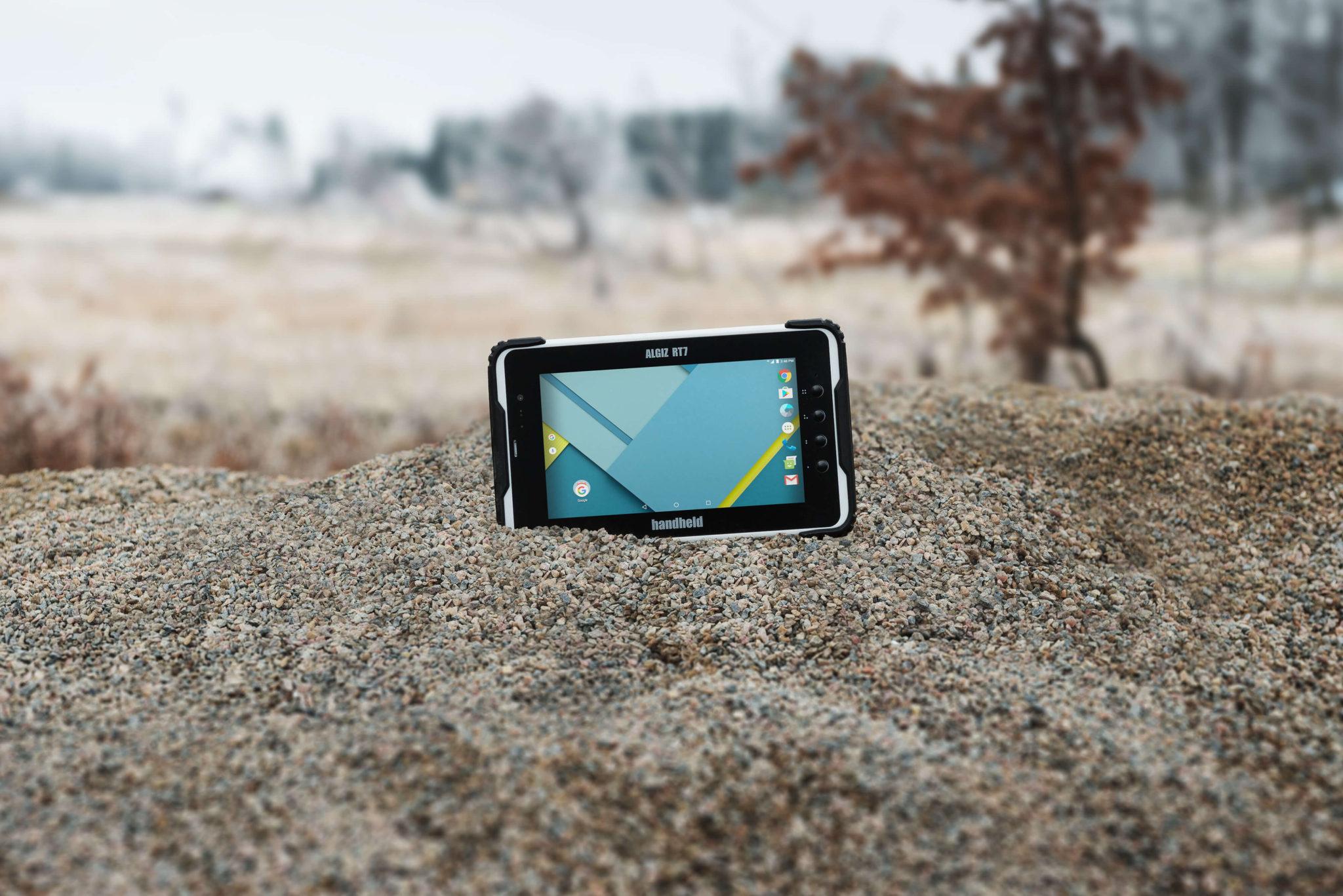 Handheld-ALGIZ-RT7-rugged-Android-tablet-environmental-Android-6