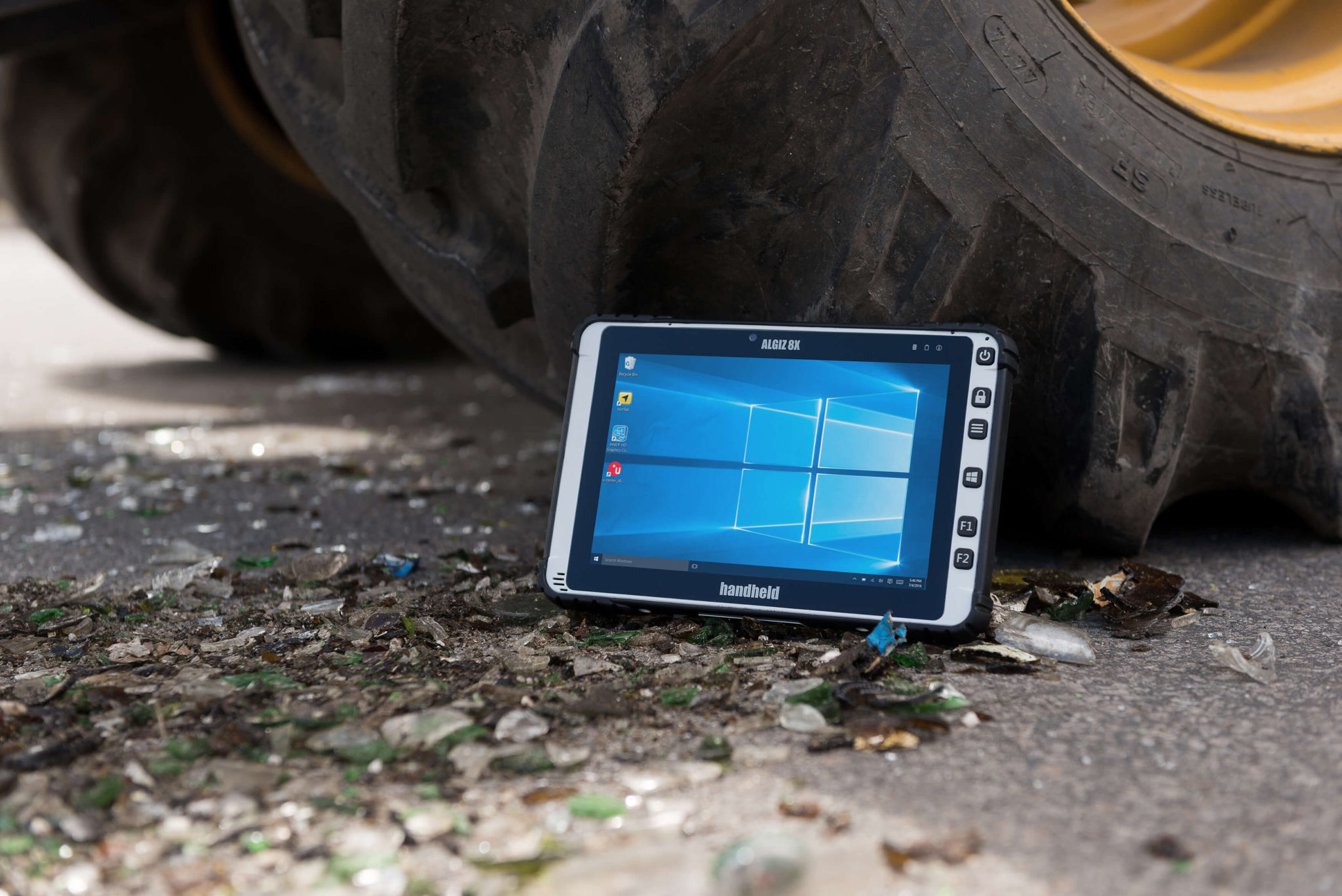 Algiz-8X-rugged-capacitive-touchscreen-tablet(1)
