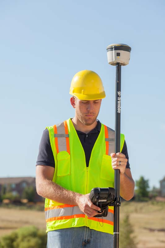Trimble R2_TSC3_General_01