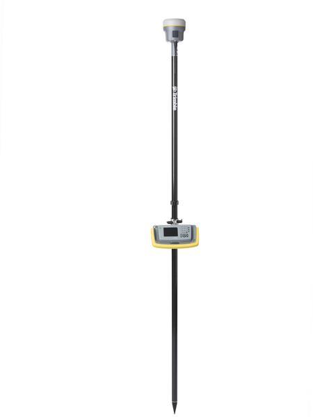 TrimbleR10_studio_rover_450_pole_TCU