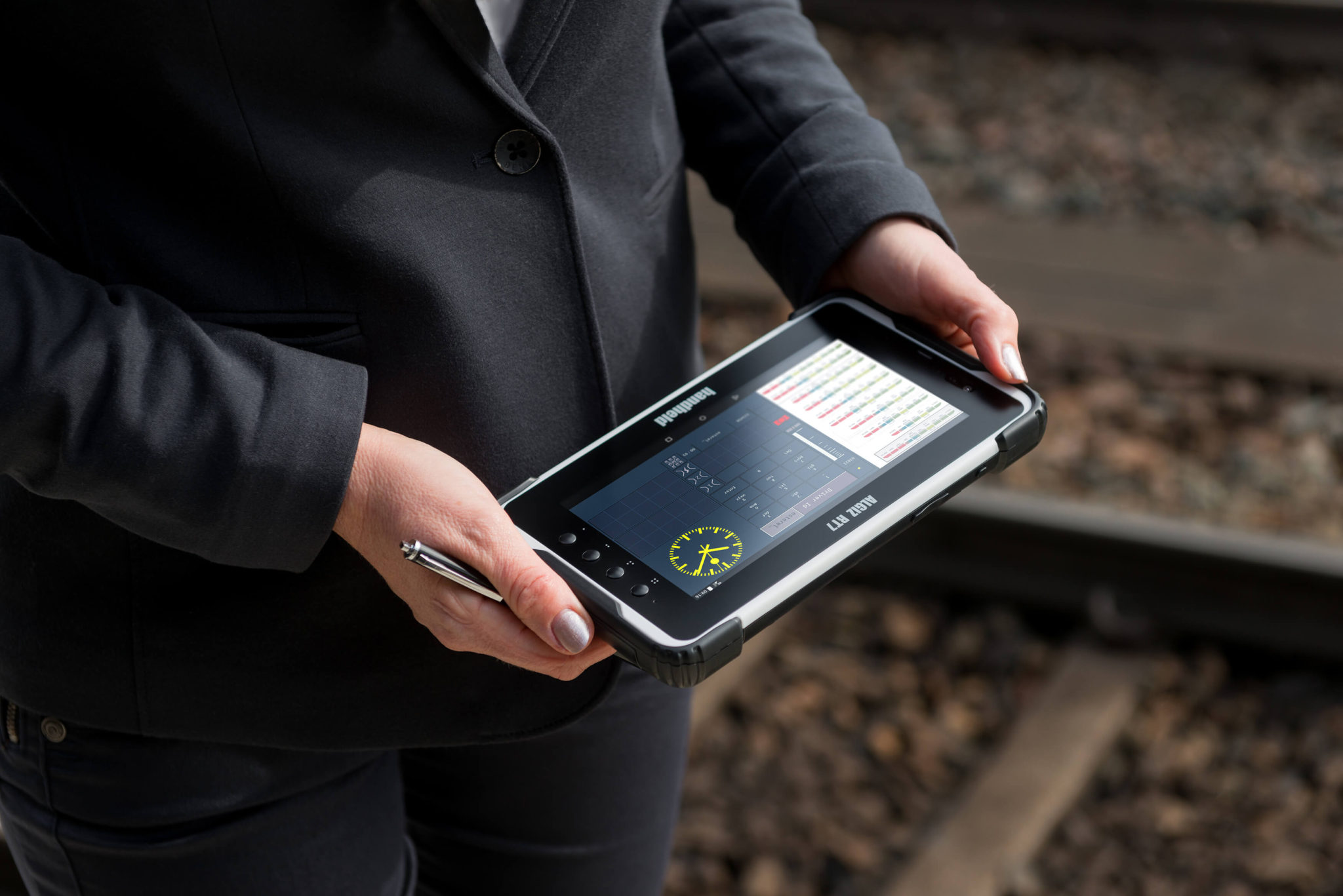 algiz-rt7-eticket-android-rugged-tablet