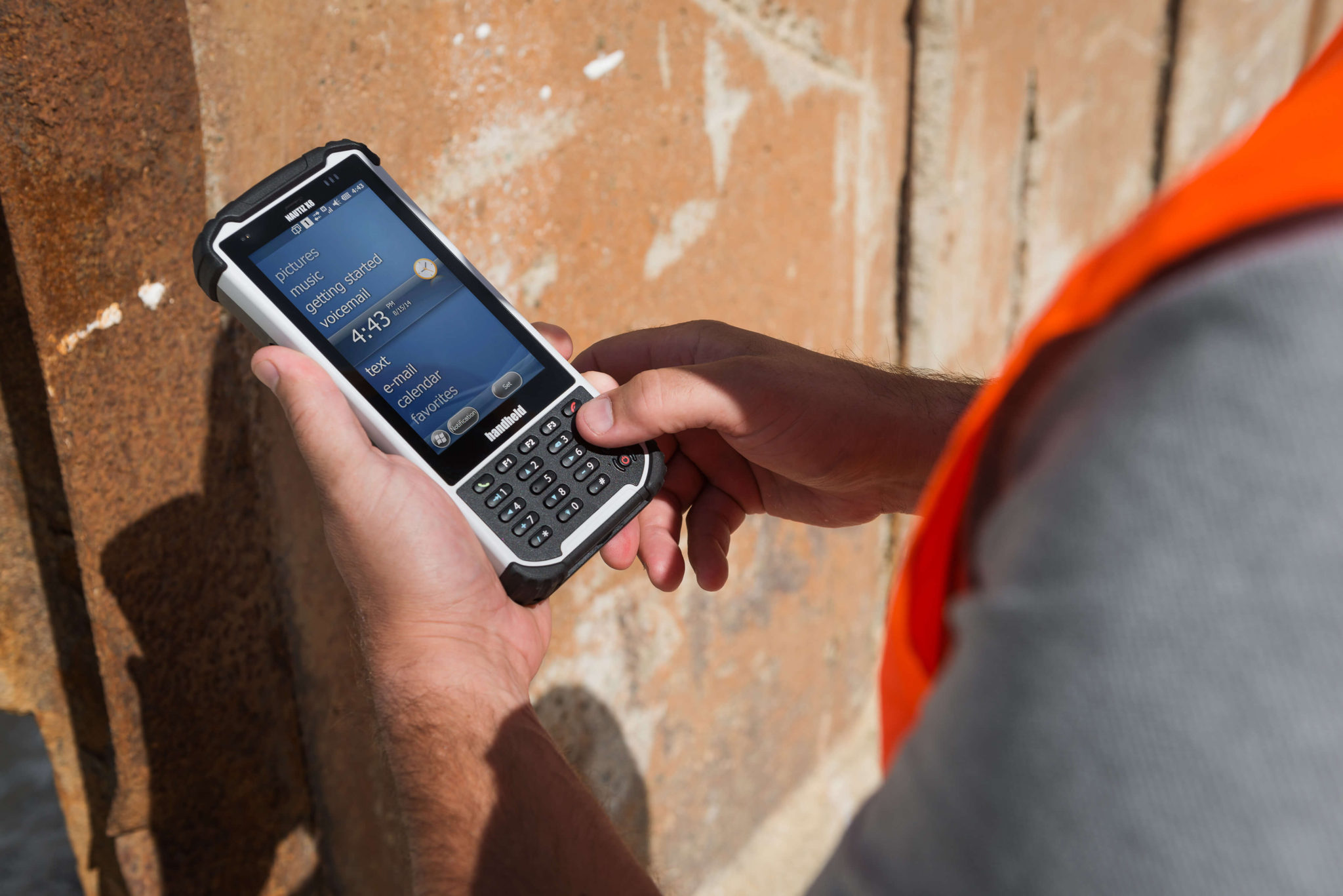 handheld-nautiz-x8-ultra-rugged-ip67